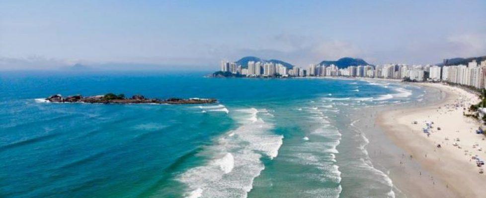 Praia-de-PItangueiras-em-Guaruja (1)